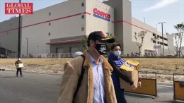Sea-of-people-at-Costco-Shanghai-even-amid-coronavirus-outbreak